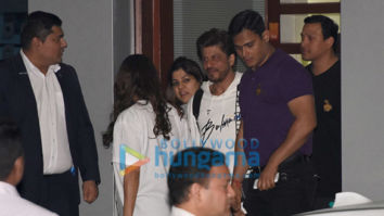 Shah Rukh Khan, Janhvi Kapoor, Dia Mirza and others snapped at the airport