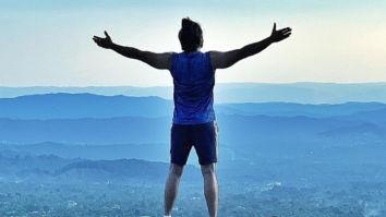 '83: Ranveer Singh is on top of the world, trains with Kabir Khan and team in Dharamshala