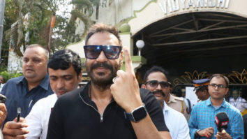 Ajay-Devgan-and-Kajol-cast-their-VOTE-for-Lok-Sabha-Elections