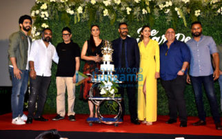 Ajay Devgn, Rakul Preet Singh and Tabu grace the trailer launch of De De Pyaar De