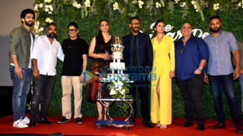 Ajay Devgn, Rakul Preet Singh and Tabu grace the trailer launch of De De Pyaar De