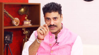 Akshay Kumar & John Abraham are the FITTEST Persons in Industry Sikandar Kher Rapid Fire RAW