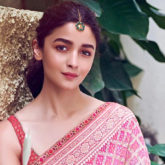 Alia Bhatt personifies grace in a dual shaded Tarun Tahiliani saree