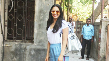 Kiara Advani SPOTTED at Pitambari showroom, Juhu