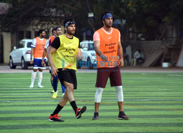 Ranbir Kapoor, Abhishek Bachchan and others snapped during a football match (1)