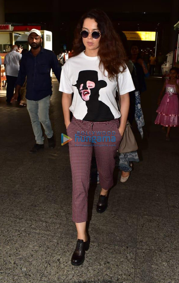 Tiger Shroff, Tara Sutaria and others snapped at the airport (2)