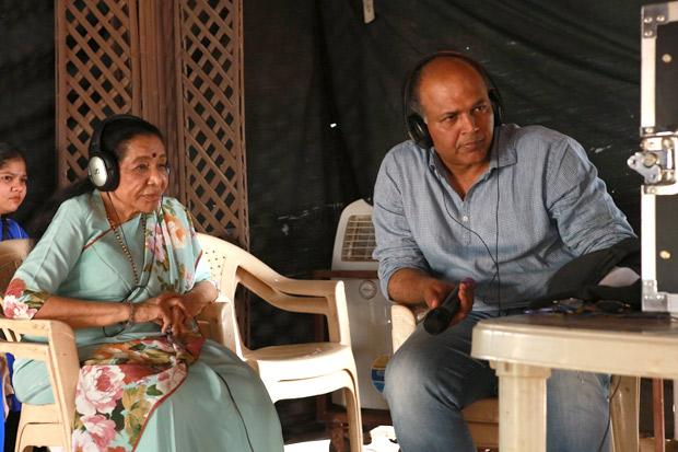 Singer Asha Bhosle turns director on the sets of Arjun Kapoor, Kriti Sanon, Sanjay Dutt starrer Panipat