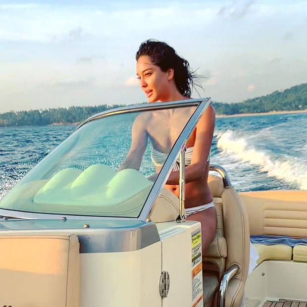 HOT! Lisa Haydon welcomes summer in her true blue bikini style as she takes her son Zack on a fun filled vacay! [See photos]