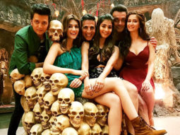 Akshay Kumar shared an exclusive still from Housefull 4 and it has a major GoT reference!