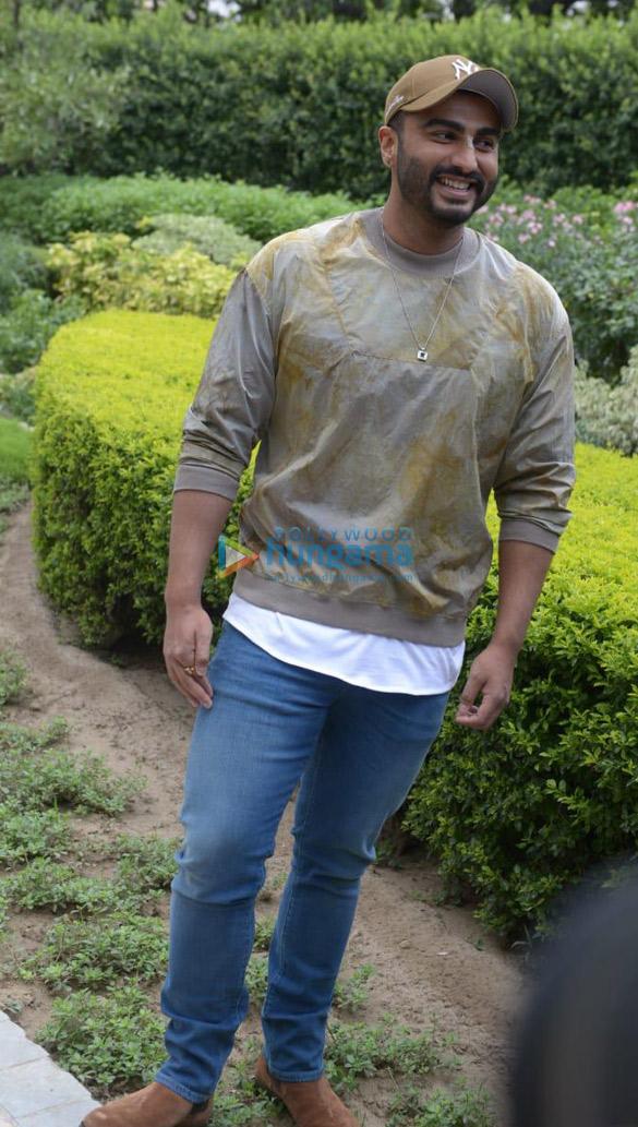 Arjun Kapoor & director Raj Kumar Gupta snapped during India's Most Wanted promotions in Delhi (3)