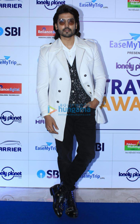 Celebs grace 8th edition of Lonely Planet Magazine India Travel Awards 2019 (2)