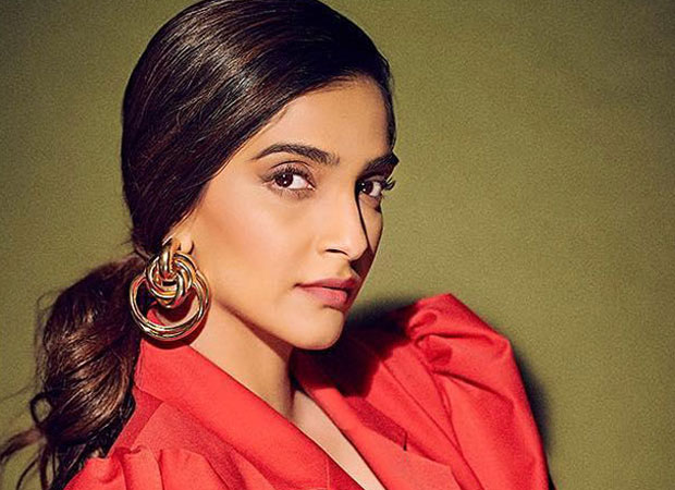 Sonam Kapoor REVEALS that she likes playing character of normal girls with regular problems and this is the reason!