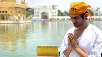 PHOTO ALERT: Kartik Aaryan seeks blessings at Golden Temple