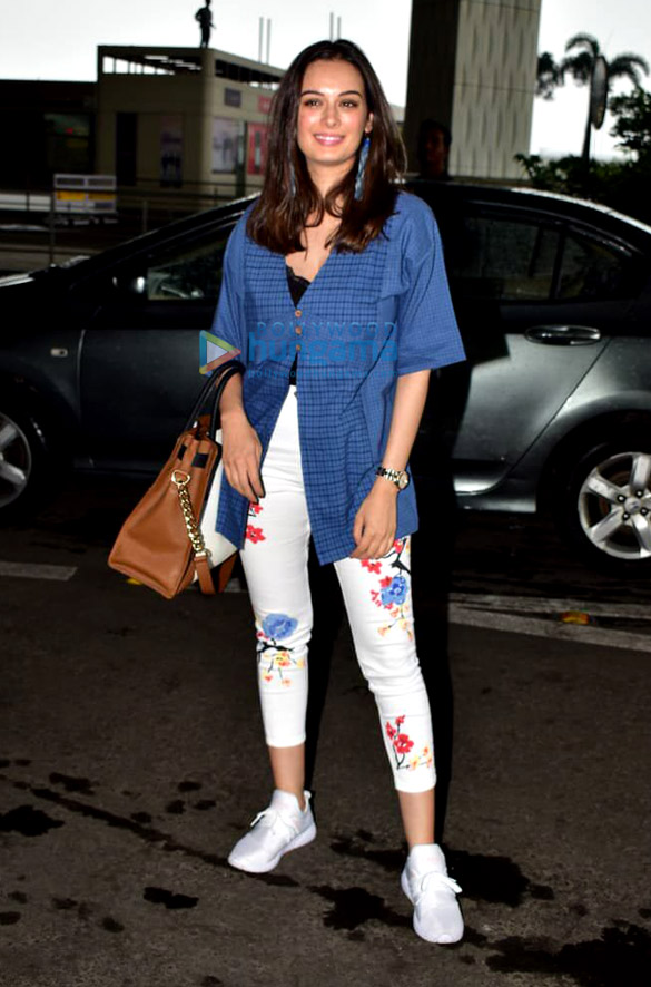 Photos Evelyn Sharma snapped at the airport (1)