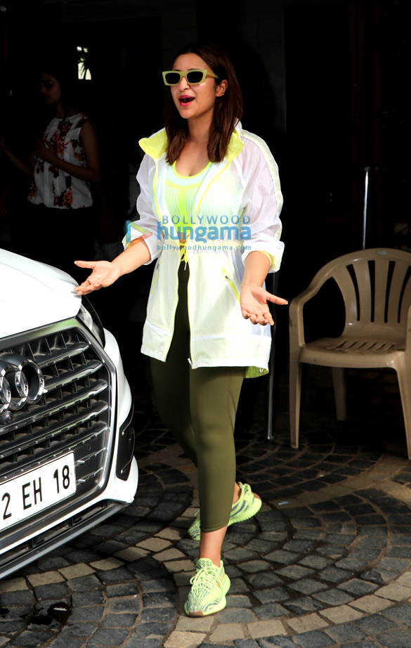 Photos Parineeti Chopra spotted at Khar gymkhana for Badminton practice for Saina Nehwal biopic (3)