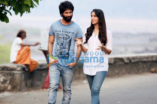 Kabir Singh Photos Poster Images Photos Wallpapers Hd Images Pictures Bollywood Hungama