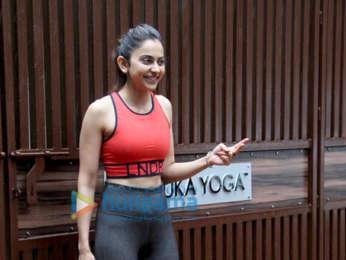Photos: Rakul Preet Singh spotted at Anshuka Yoga classes in Bandra