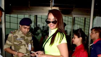 Photos: Akshay Kumar, Sonakshi Sinha, Varun Sharma and others snapped at the airport
