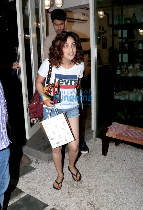 Photos: Yami Gautam spotted at BBlunt salon in Khar