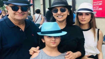 Rishi Kapoor and Neetu Singh are all smiles as they pose with daughter Riddhima and granddaughter Samara