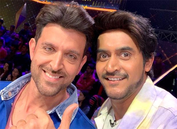 Shashank Khaitan has a fan-boy moment with Hrithik Roshan, as he attends Dance Deewane to promote Super 30