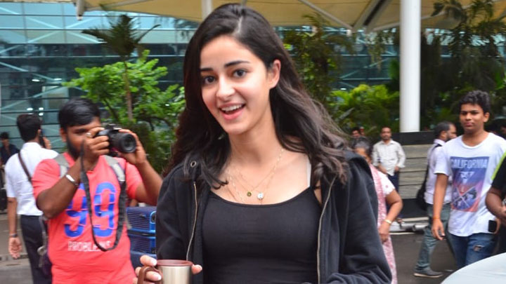 Ananya Pandey spotted at Mumbai Airport returning from Patni Patni Aur Woh shooting