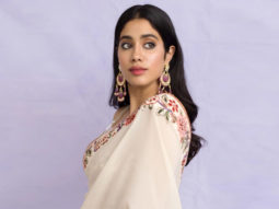 Janhvi Kapoor proves that beauty lies in simplicity as she dons an elegant Tarun Tahiliani saree