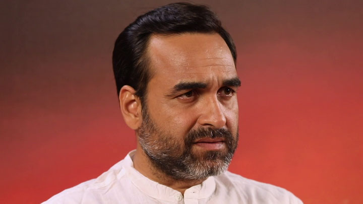 "Pankaj on his Guruji Role: ""Yeh BLOODLESS na ho jaaye…"" | Vikramaditya  Motwane | Sacred Games 2"