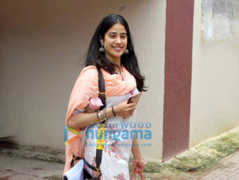 Photos: Janhvi kapoor And Pooja Hegde spotted after her Pilates session