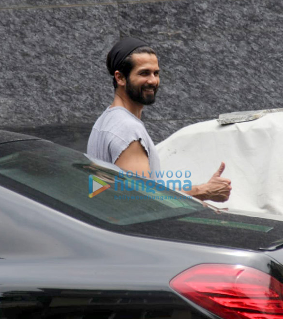 Photos: Shahid Kapoor snapped at the gym