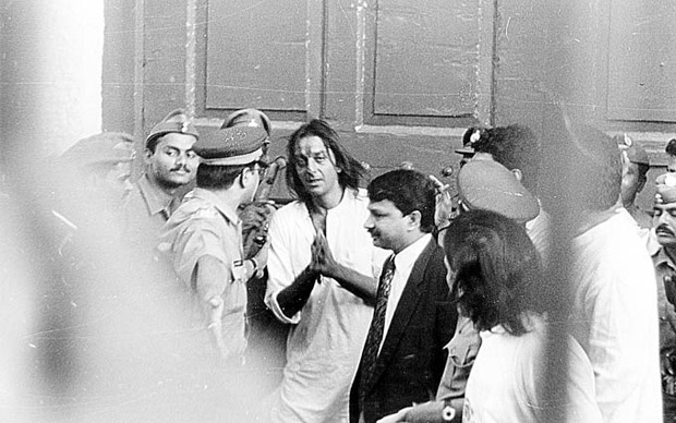 """""""Today, they are asking what lies behind the choli. Tomorrow, they will ACTUALLY SHOW what lies behind"""" How Khalnayak created a STORM thanks to 'Choli Ke Peeche' & Sanjay Dutt's arrest!-01"""