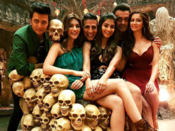 Akshay Kumar starrer Housefull 4 to release a poster every hour!
