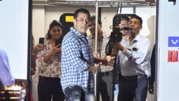 BLOCKBUSTER Entry Of Salman Khan At Bigg Boss 13 Press Conference