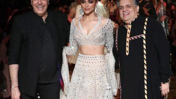 Deepika Padukone looks like a goddess in white as she walks for Abu Jani and Sandeep Khosla's 33rd anniversary!