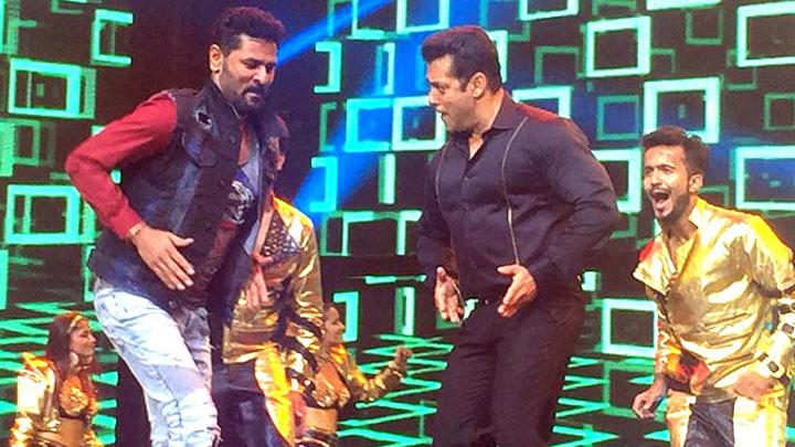 EXCLUSIVE Salman Khan at Da-Bangg The Tour At LB Stadium in Hyderabad 2nd November