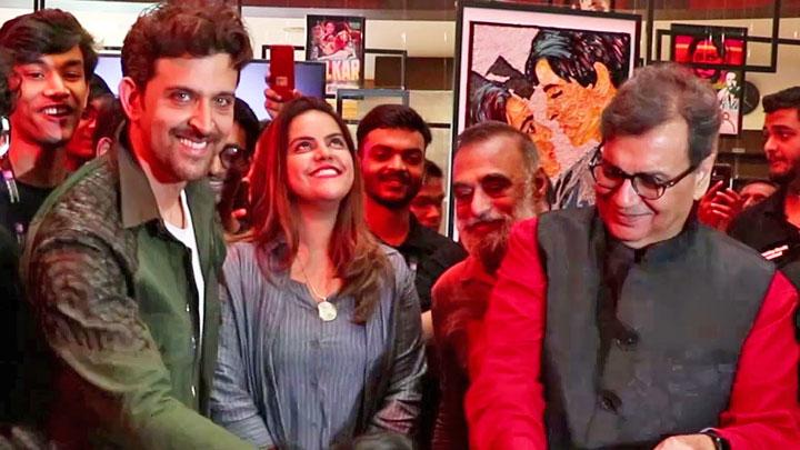Hrithik-Roshan-and-Subhash-Ghai-inaugurates-Celebrate-Cinema-2019-by-WWI