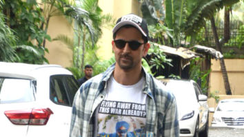 Photos: Hrithik Roshan snapped in Mumbai promoting War