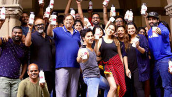 PM Narendra Modi lauds team Coolie No. 1 for going plastic free on the sets!