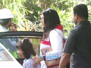 Photos: Aishwarya Rai Bachchan and Aaradhya Bachchan snapped
