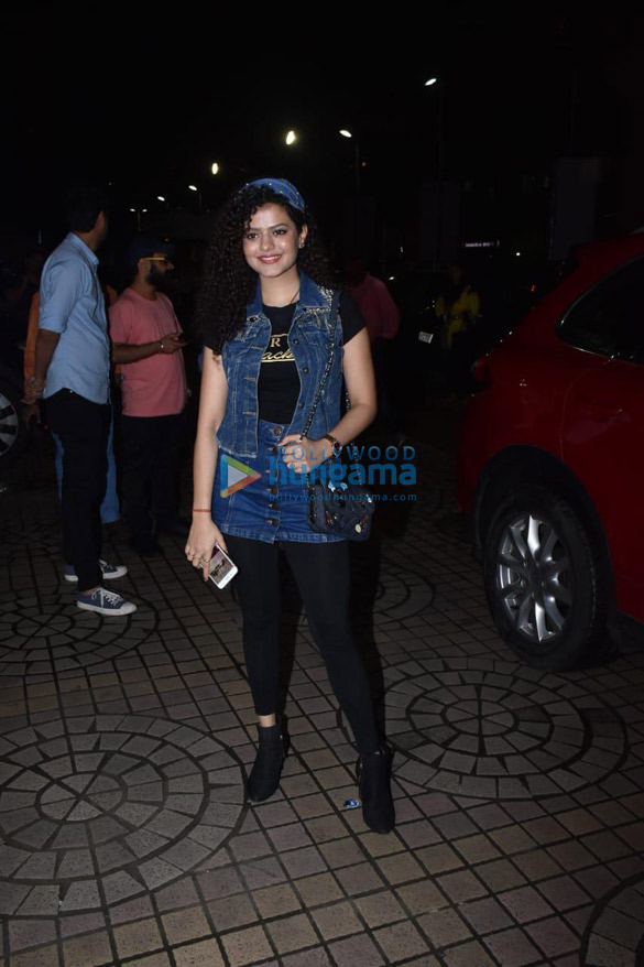 Photos Celebs snapped at the special screening of Dream Girl-022 (8)