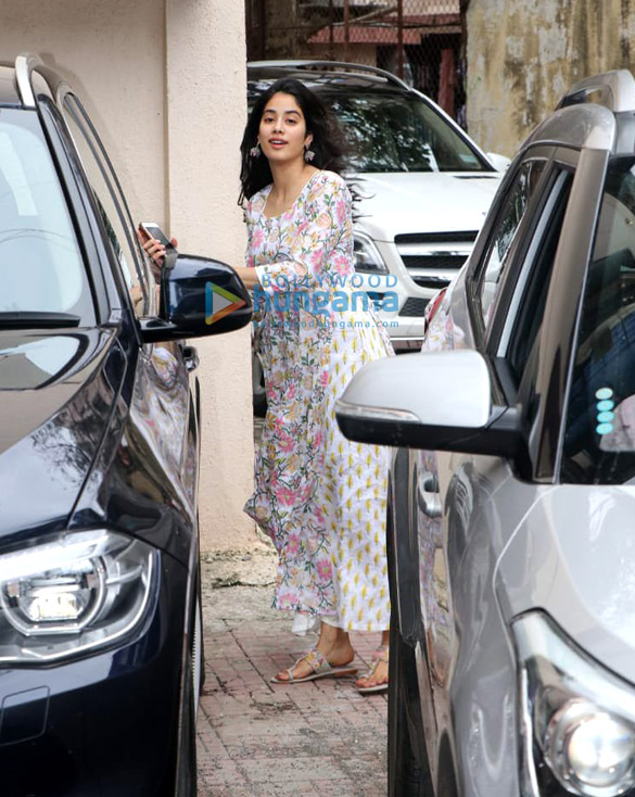 Photos Janhvi Kapoor spotted at the Pilates gym (1)