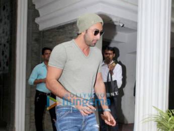 Photos: Ranbir Kapoor spotted at a clinic in Bandra