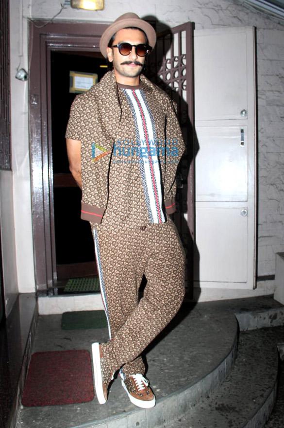 Photos Ranveer Singh spotted at Shankar Mahadevan's studio in Bandra (4)