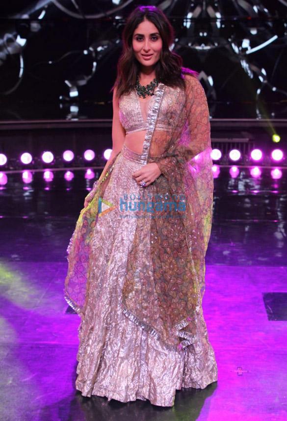 Photos Saroj Khan snapped on sets of Dance India Dance (5)