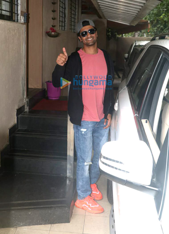 Photos Vicky Kaushal spotted at the Matrix office (2)