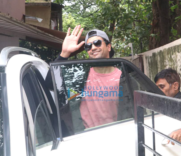 Photos Vicky Kaushal spotted at the Matrix office (3)