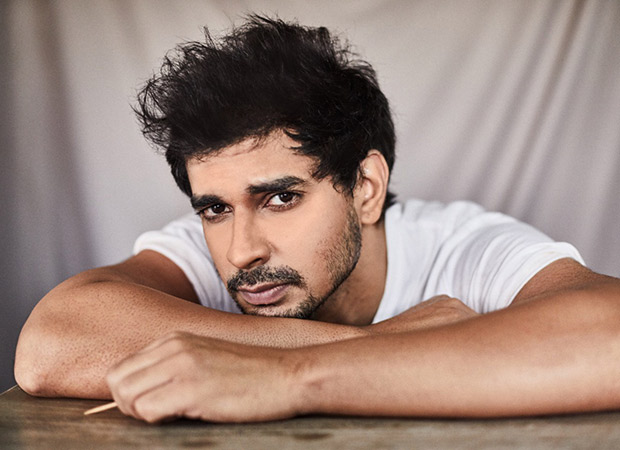 Tahir smoked 200 packets of green-tea cigarettes for his role in Chhichhore!