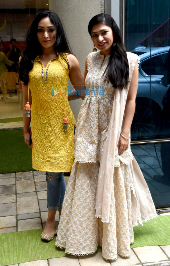 Photos: Varun Dhawan, Kartik Aaryan and others snapped at T-Series' Ganpati celebration
