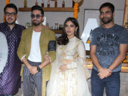 Ayushmann-Khurrana,-bhumi-Pednekar-&-others-celebrate-Diwali--Bala-Team