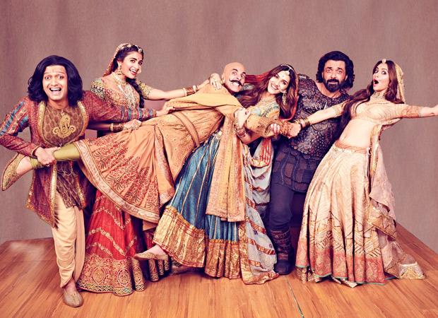 Housefull 4 Box Office Collections The Akshay Kumar starrer Housefull 4 becomes the 9th highest opening day grosser of 2019